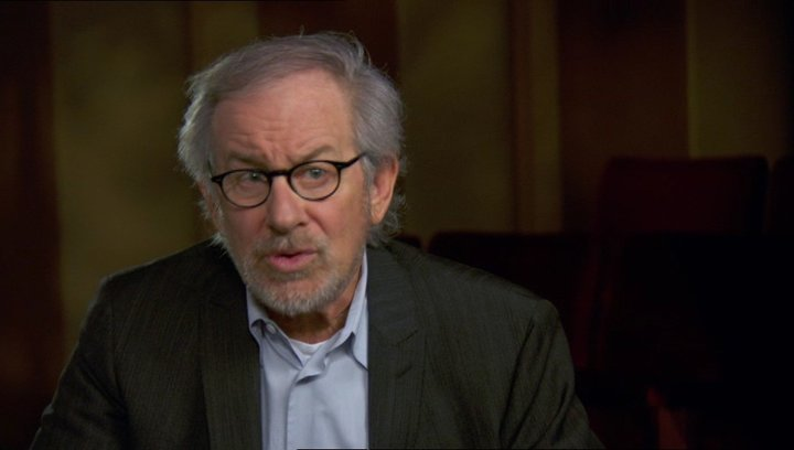 Steven Spielberg (Regisseur-Produzent) über das Buch von Doris Kearns Goodwin - OV-Interview Poster