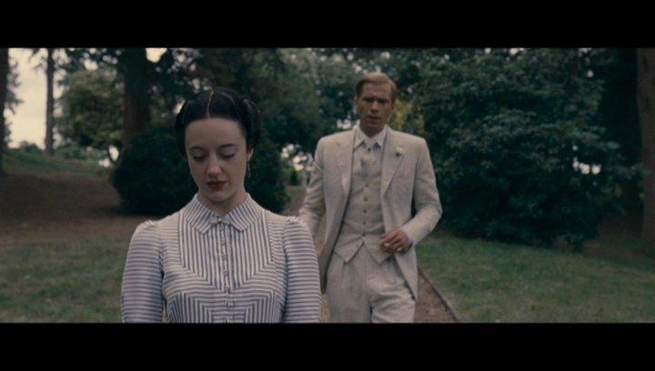 Edward moechte Wallis gegen alle Wiederstände heiraten - Szene Poster