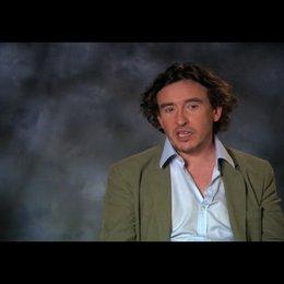 """Steve Coogan - """"David Ershon"""" über seine Rolle - OV-Interview Poster"""