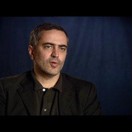 Heitor Dhalia - Regie / über das, was die Zuschauer sehen werden - OV-Interview Poster