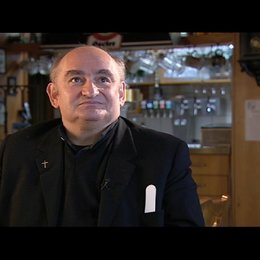 Sigi Zimmerschied über Korsett und Mensch - Interview Poster