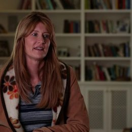 Laura Dern über ihre Erfahrung am Set - OV-Interview Poster
