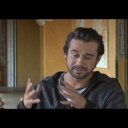 Jordi Molla über seine Rolle - OV-Interview Poster