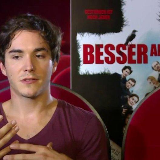 François Goeske (Tom) über Was hat dich an dem Stoff gereizt - Interview Poster