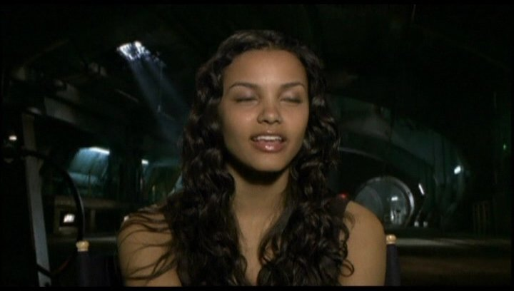 Interview mit Jessica Lucas ( Lily Ford ) - OV-Interview Poster