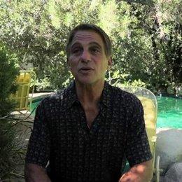 Tony Danza über Joseph Gordon Levitt - OV-Interview Poster