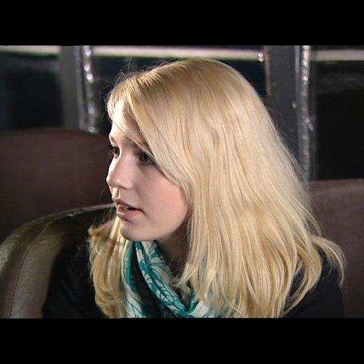 Sabrina Wilstermann über Gemeinsamkeiten zwischen ihr und Stella - Interview Poster