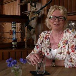 Rita Falk - Roman-Autorin - wie es für sie war, Dampfnudelblues als Film zu sehen - Interview Poster