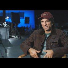 """Sharlto Copley - """"Murdock"""" über das Spielen von """"Murdock"""" - OV-Interview Poster"""