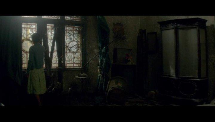 Die Frau in Schwarz 2: Engel des Todes - Trailer Poster