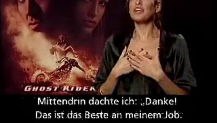 Interview mit Eva Mendes (Roxanne) Poster