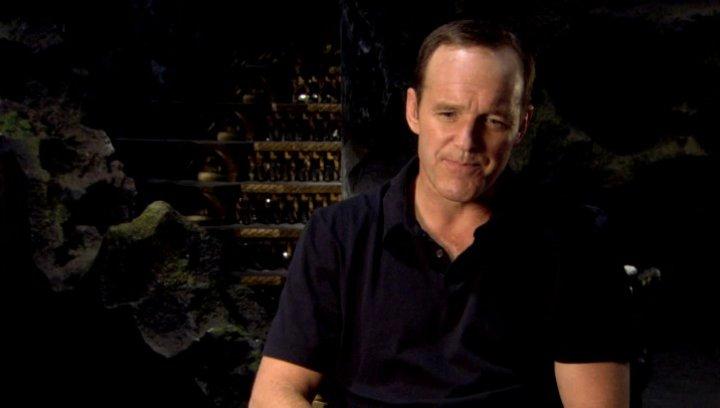 Clark Gregg - Agent Phil Coulson wofür Shield einsteht - OV-Interview Poster