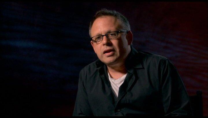Bill Condon (Regisseur) - über das Besondere an dem Film - OV-Interview Poster