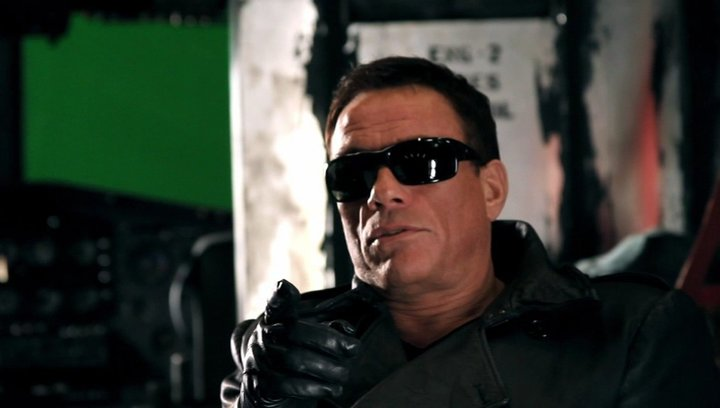 Jean-Claude Van Damme -Jean Vilain- über das, was das Publikum sehen will - OV-Interview Poster