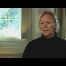PHILLIDA LLOYD - Regisseurin - darüber, wie sie zu dem Projekt kam - OV-Interview Poster