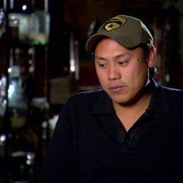 Jon M Chu (Regisseur) über die Weiterentwicklung der Geschichte - OV-Interview Poster