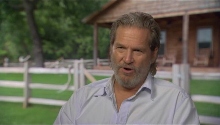 Jeff Bridges (Rooster Cogburn) über Hailee Steinfeld - OV-Interview Poster