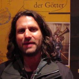 Adam Bousdoukos grüßt Ulm zur Premiere von Ein Geschenk der Götter - Sonstiges Poster