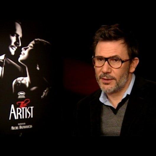Michel Hazanavicius - Regisseur - über die Musik - OV-Interview Poster