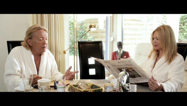 Rolf Eden und Brigitte beim Frühstück - Szene Poster