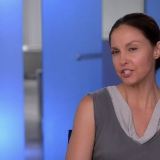 Ashley Judd - Natalie - über die Arbeit mit Tony Goldwyn - OV-Interview Poster