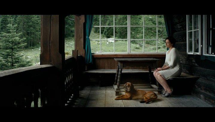Frau und Hund - Szene Poster