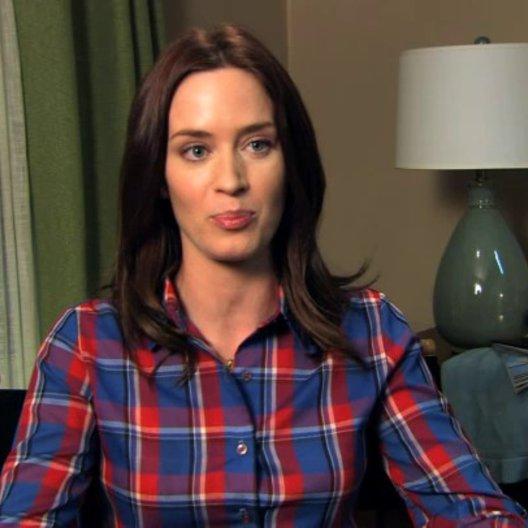 Emily Blunt über den Realismus im Film - OV-Interview Poster