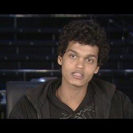 """Madhur Mittal """"Selim"""" - über seine Rolle - OV-Interview Poster"""