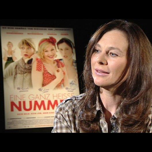 Bettina Mittendorfer über das, was der Film verspricht - Interview Poster