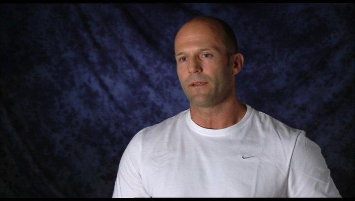 Jason Statham (Danny) über die Vorbereitungen für die Rolle - Interview Poster