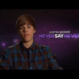 Justin Bieber darüber, warum die Zuschauen seinen Film sehen sollten - OV-Interview Poster