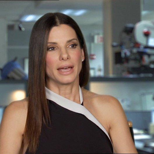Sandra Bullock -Ashburn - über die Chemie zwischen ihr und Melissa McCarthy - OV-Interview Poster