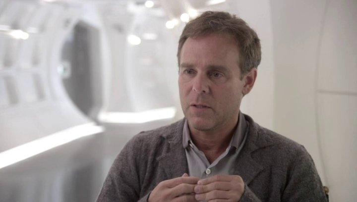 Bryan Burk - Produzent - darüber mit dem Cast wieder auf der Brücke zu sein - OV-Interview Poster
