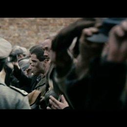 Mundek lässt sich ins Janowska Lager schleusen - Szene Poster