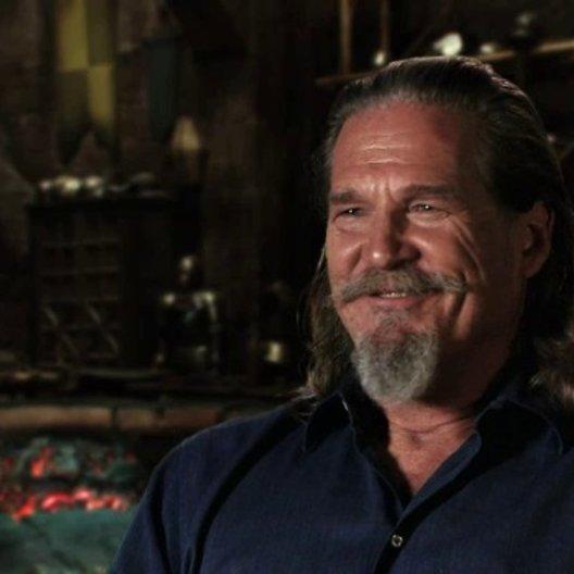 Jeff Bridges über die Zusammenarbeit mit Julianne Moore - OV-Interview Poster