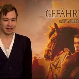 David Kross (Gunther) über das Set - Interview Poster