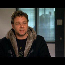 Russel Crowe (John Brennan) über Regisseur Paul Haggis (2) - OV-Interview Poster