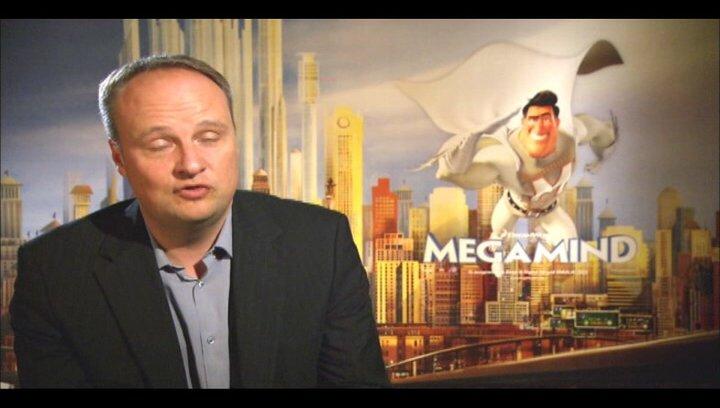 Oliver Welke (deutsche Stimme Metroman) über den Originalsprecher Brad Pitt - Interview Poster