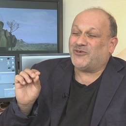 Eran Riklis - Regisseur - über politische Empfindsamkeiten, die den Film umgeben - OV-Interview Poster