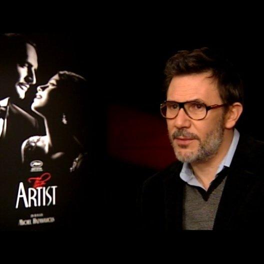 Michel Hazanavicius - Regisseur - über die Reaktion der Darsteller - OV-Interview Poster