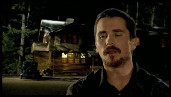 Christian Bale über die Faszination der Geschichte - OV-Interview Poster
