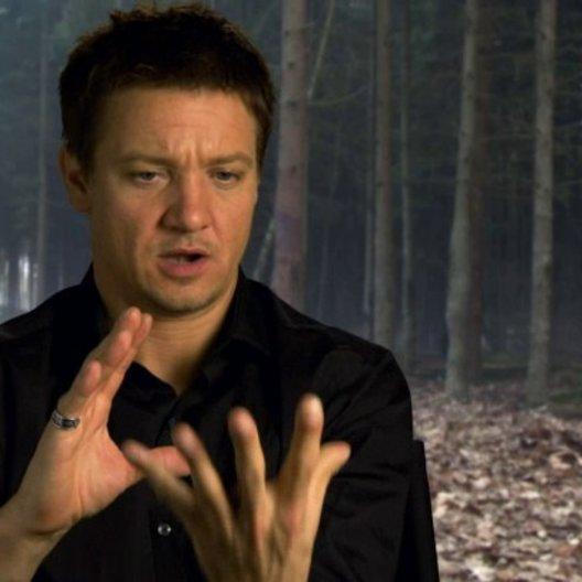 Jeremy Renner - Hänsel - darüber warum er Teil des Films werden wollte - OV-Interview Poster
