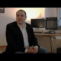 Marco Beckmann über das Thema des Films - Interview Poster