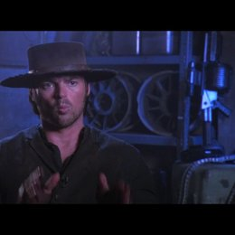 "Karl Urban (""Black Hat"") über die Story - OV-Interview Poster"