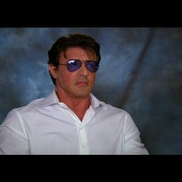 Sylvester Stallone über die Action und Gewalt im Film - OV-Interview Poster