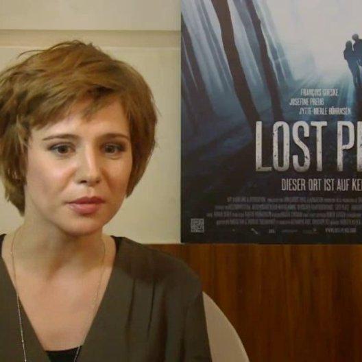 Josefine Preuss (Jessica) über Grenzsituationen - Interview Poster
