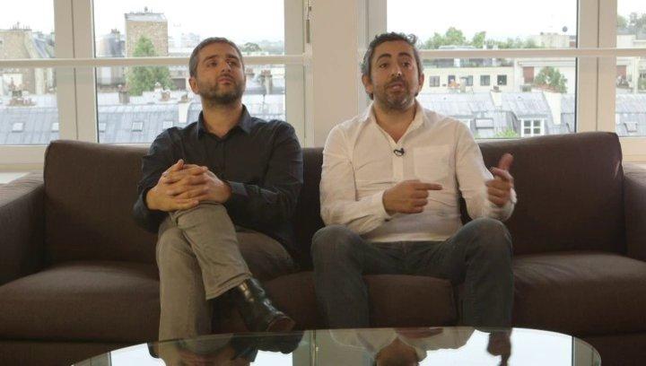 Olivier Nakache & Eric Toledano - Regisseure - über den fortlaufenden Vergleich mit Ziemlich beste Freunde - OV-Interview Poster