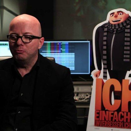Oliver Rohrbeck über Gru - Interview Poster
