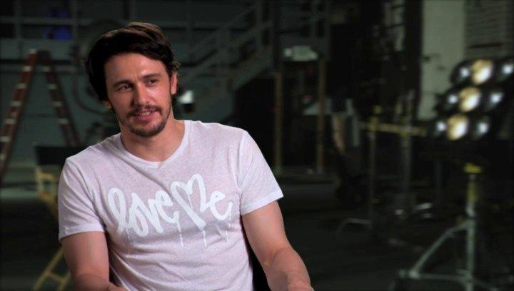 James Franco über Michael Ceras Rolle - OV-Interview Poster