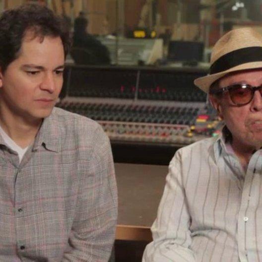 Carlos Saldanha & Sergio Mendes - Regisseur & Executive Music Producer - darüber, verschiedene brasilianische Musikarten zu verwenden - OV-Interview Poster